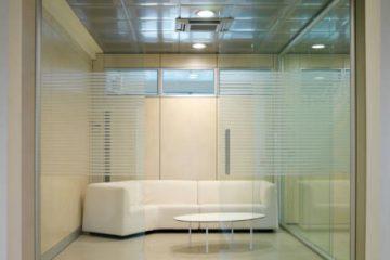 steklene predelne stene