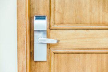 Varnostna vrata